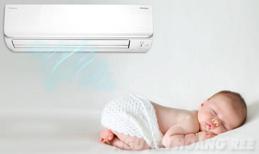 Máy lạnh Daikin Inverter FTKC25TVMV 1.0HP  hoạt động êm ái